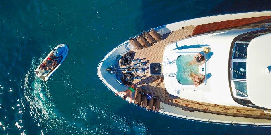 Dolce Vita luxury charter - Jeel yacht